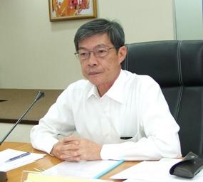 Head of administration at Chonburi City Hall, Pratan Surakitbaworn.