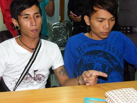 Pheeranat Ditbanjong and Surasak Bunsaeng have been arrested for bag snatching.