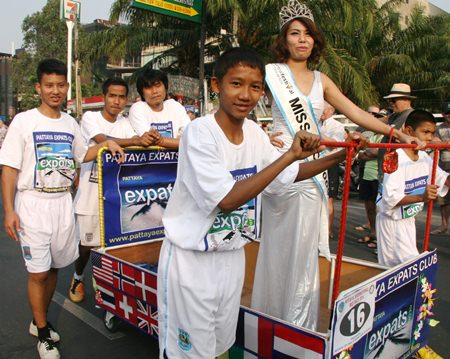 The beauty queen representing the Pattaya Expats Club had never travelled along Beach Road so fast.
