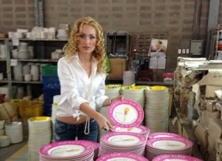 Carmen McMillen visits the Bangkok factory.