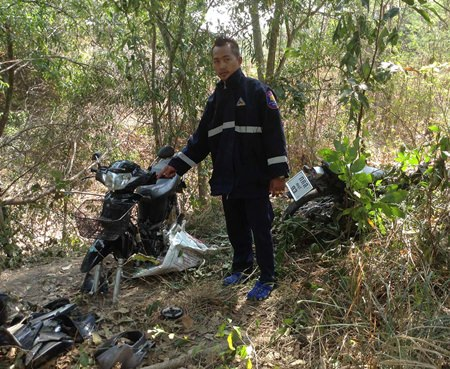 Three partially disassembled, presumably stolen motorbikes were found at Mabprachan Reservoir.