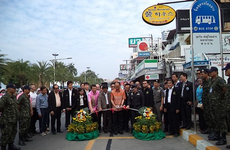 Ironically, officials stop traffic to launch their latest attempt to clear traffic in Pattaya.