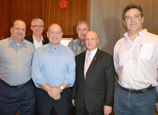 (L to R) Executive Director Greg Watkins, Amari Orchid Pattaya GM Brendan Daly, previous Chairman Graham Macdonald, current vice-chair Chris Thatcher, Director David Cumming, and Charles Turner.