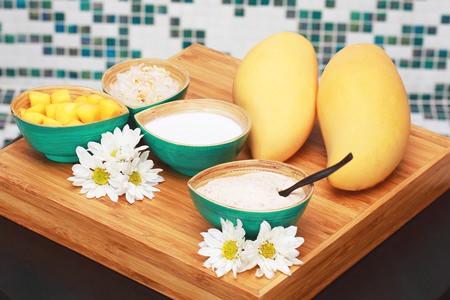 Mango sticky rice body scrub at Breeze Spa, Amari Pattaya.