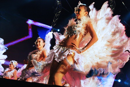 Dancers in feather costumes perform to 'Jai Sarapaap' (Heart confession).