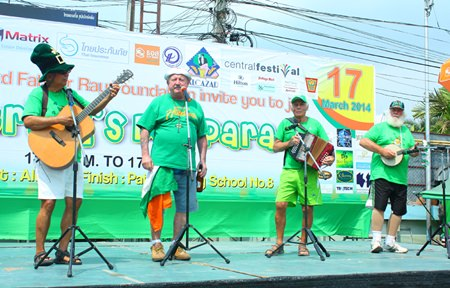 Live Irish music kicks off the event in the Alcazar Theater parking lot in North Pattaya.