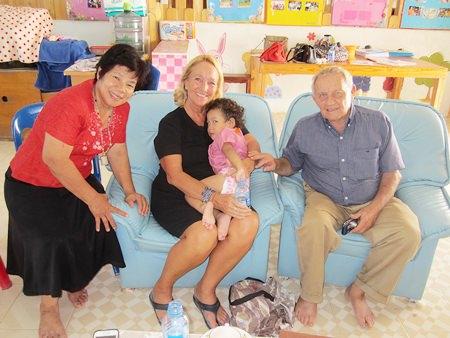 (L to R) Boonchoo, Rosanne, baby Plai and Bernie.