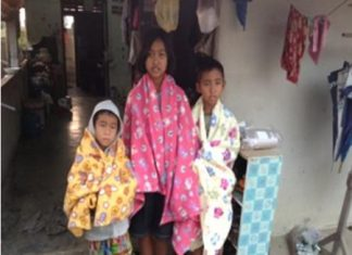 During the recent cold spell in Pattaya, blankets were purchased and delivered to the many children and families who were suffering from the cold.
