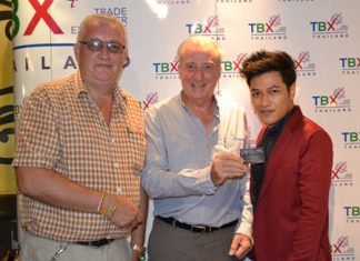 (L to R) Steve Graham, Dr. Iain Corness and and Sutthawee Thipphayusit, Trade Coordinator of TBX Pattaya announce the launch of the newly formed Trade Barter eXchange (TBX).