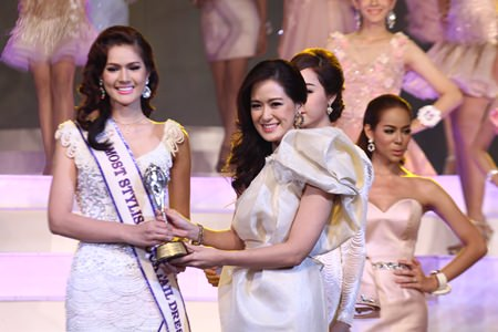 Jidapa Noikwan (left) was adjudged to be wearing the most stylish cocktail dress.