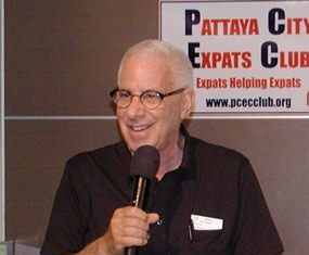 MC Richard Silverberg opens the April 27 Pattaya City Expats Club meeting by inviting new visitors to introduce themselves.