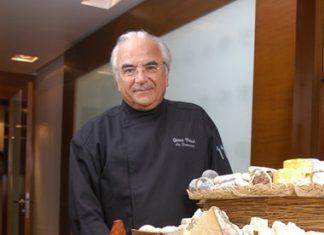 Cheese Master Gérard Poulard.