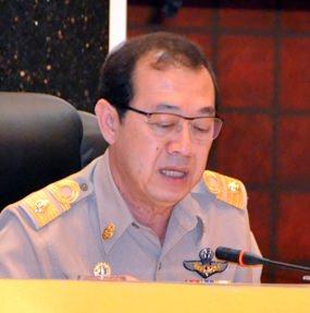 Urit Nantasurasak, chairman of the Pattaya City Council, presides over the council's May 27 meeting.