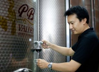 Prayut Piangbunta (Chief Winemaker and Director of Khao Yai)