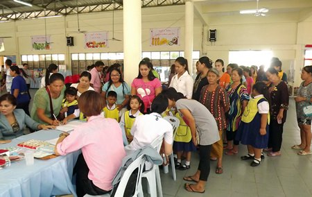 Medics checked 1,089 young Pattaya children to help prevent new outbreaks of hand, foot and mouth disease.