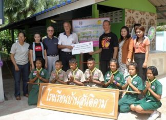 Recently, we provided funds for additional toilets to be built at Santikam School in Nong Plalai.