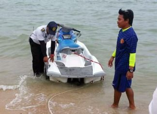 An officer from a marine police unit from Chachoengsao finds a damaged jet ski and orders it be fixed before renting out.