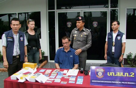 Fernando Manuel Navarro has been arrested for allegedly using fake cards to steal millions of baht from Pattaya-area ATMs.
