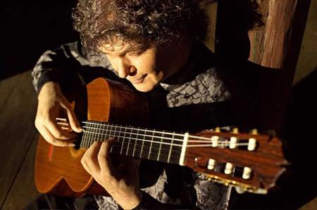 German classical guitarist Hucky Eichelmann.