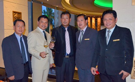 (L to R) Paitoon Ritdej, Food & Beverage Director of Royal Cliff Hotels Group Pattaya; Natthachai Chaiprom from the B.N.K Pattaya Wine Gallery Co., Ltd.; Savek Meprasertsak, Hotel Manager of the Ocean Marina Yacht Club Pattaya; Niwat Promsricha, F&B Manager, Royal Cliff Grand Hotel Pattaya; and U-tid Varoonbunjong, F&B Manager Royal Cliff Beach Hotel Pattaya.