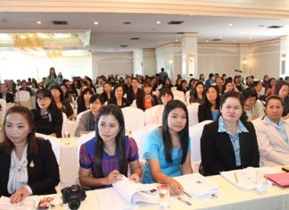 """Teachers from all over Thailand attended the """"Inspiring Science"""" workshop to develop teaching strategies in science topics."""