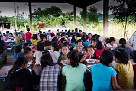 Pic of the children in the new canteen at Hway Ka Loke Boarding House on the Thai Burmese Border.