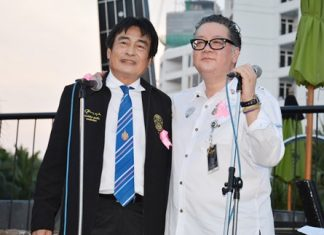 (L to R) Deputy Mayor Ronakit Ekasingh and Jorge Carlos Smith, General Manger of the Hard Rock Hotel Pattaya, co-chair the launch of the 2014 Pinktober Campaign.