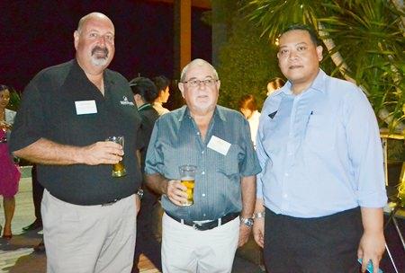 (L to R) Scott Finsten, Ocean Marina Pattaya's Harbor Master; David Bell, MD of Crestom Ra-Kahng Associates Limited, and Tanin Suphavittayakorn, Executive Assistant Manager of Cape Dara Resort Pattaya.
