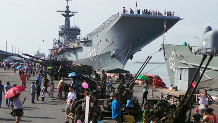 Thousands of families turned up in Sattahip to tour Thailand's aircraft carrier, the HTMS Chakri Naruebet.