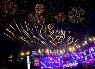 2015 exploded across Pattaya with the crash of 1,000 fireworks at the finale of the Pattaya Countdown. Mayor Itthiphol Kunplome ticked off the last minutes of 2014 with 50,000 people at Bali Hai Pier, capping a week-long festival.