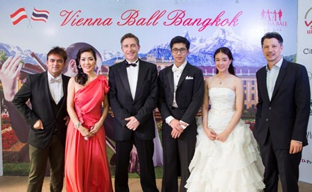 Austrian Ambassador to Thailand, HE Enno Drofenik (3rd left), and his wife Juri Segiguchi-Drofenik (2nd left) pose with organizers and sponsors of the upcoming Vienna Ball Bangkok, to be held at the Siam Kempinski Hotel on May 8.