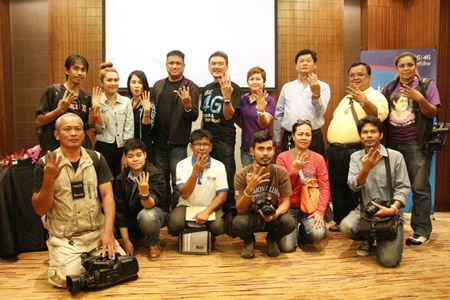 Total Access Communications Plc became the second company to bring high-speed wireless data to Pattaya with the launch of its DTAC 4G service.