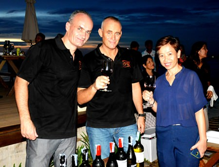 Mark L'abée, Wine Director & Sommelier, and Matthew Brennan, Managing Director of Top Drops Thailand Co., Ltd., chat with Vathanya Phatachai, the general manager of U Pattaya.
