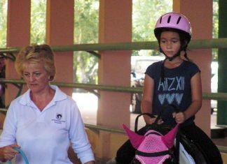 Jasmine Crystal Sanders, winner of the Walk test, riding Sabrina.