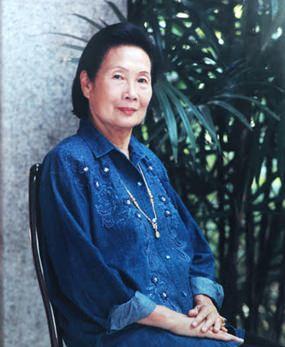Nongnooch Tansajja April 15, 1924 - Aug 4, 2015