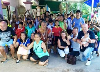 Staff and customers of C S coffee bar took a trip to Baan Jing Jai to help Pui, a regular at C S Coffee, celebrate her birthday by treating all 75 children to an evening meal.
