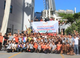 Fire rescue teams and Amari Orchid Resort & Tower employees pose for a commemorative photo after the training.