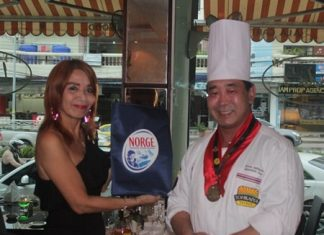 Linda Eiksund and Japanese Executive Chef Katsutoshi (Kato) Ishibashi make a good team for interesting, and delicious, new concepts for Linda's restaurant diners.