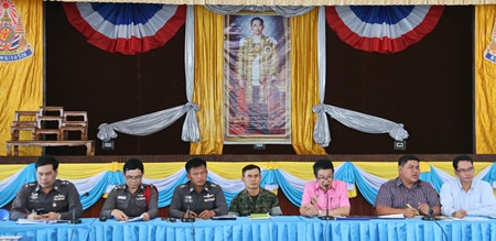 Local law enforcement and civil officials are stepping up efforts in Sattahip to eradicate drugs within their jurisdictions.