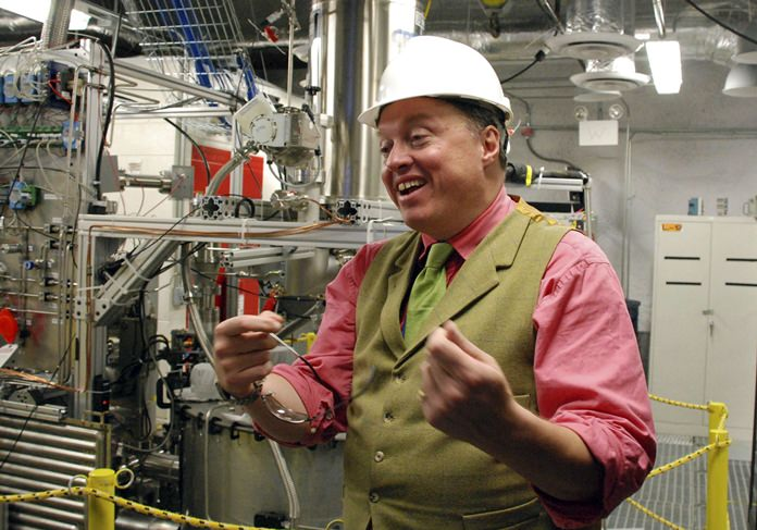 Richard Gaitskell, study co-investigator from Brown University, explains an experiment being conducted deep in an abandoned gold mine in Lead, S.D., to search for elusive and mysterious dark matter. (AP Photo/Chet Brokaw, File)