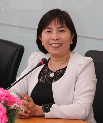 Dr. Prapasri Pitonwon, lecturer at the Chonburi Area 1 Education Institute.
