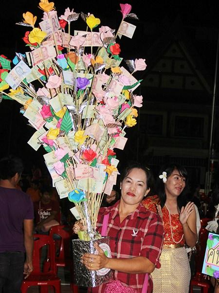 A very heavy money tree.