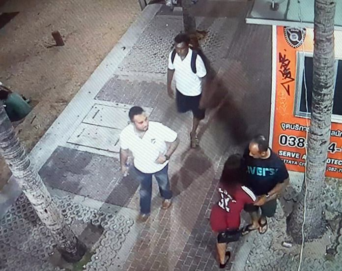 Evidently at least some of the CCTC cameras are working along Beach Road, as these two images show the gang in action.