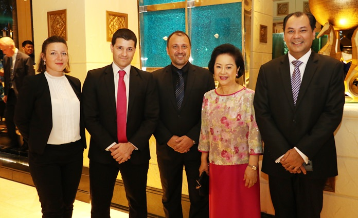 (l-r) Meryl Szpak - Resident Manager of Royal Wing Suites and Spa, Matteo Clini and Salvatore Campione from Independent Wine & Spirit Thailand Co., Ltd., Mrs. Panga Vathanakul - Managing Director of the Royal Cliff Hotels Group and Prem Calais - GM of the Royal Cliff Hotels Group ensured that diners and wine lovers were in for a very special treat.