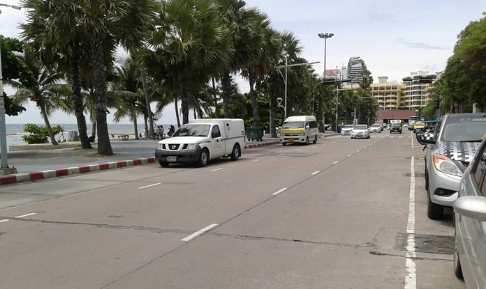While tour operators denied any flights were cancelled due to the ban, Beach Road in Pattaya looked virtually bereft of OA buses on a recent check.