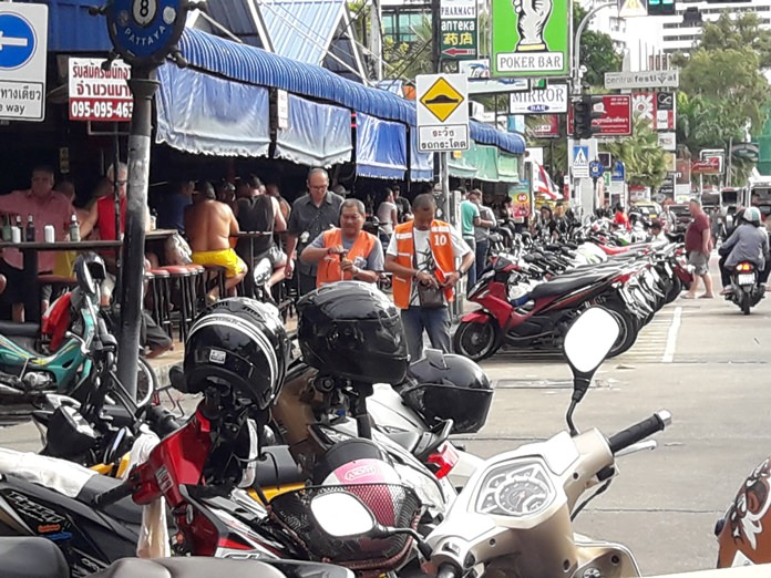 Having chased off all of Pattaya's street vendors, the city's top lawyer is now taking aim at motorbike taxis and rentals camped out on public roads and sidewalks.