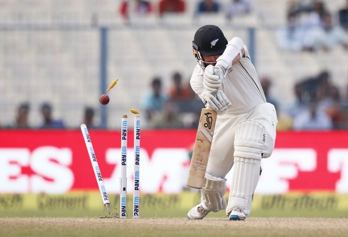 India set Kiwis 376 to win Kolkata Test