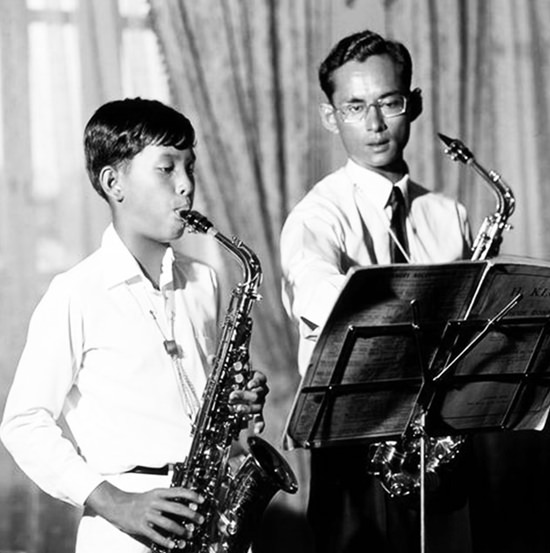 HM King Maha Vajiralongkorn Bodindradebayavarangkun playing the saxophone with father, King Rama IX, who was known to be Thailand's 'Father of Jazz'.