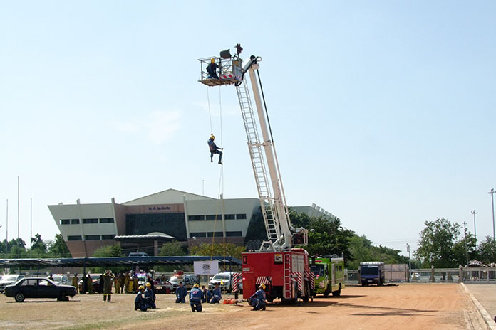 Firemen, medics, police and soldiers drilled for multiple emergencies at Chonburi's Disaster Prevention Day.