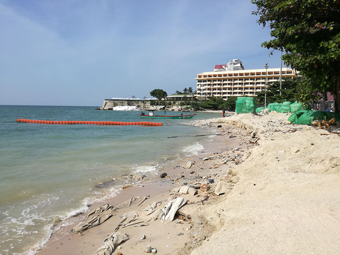 The delay-riddled project to restore Pattaya Beach has come to another sudden halt.